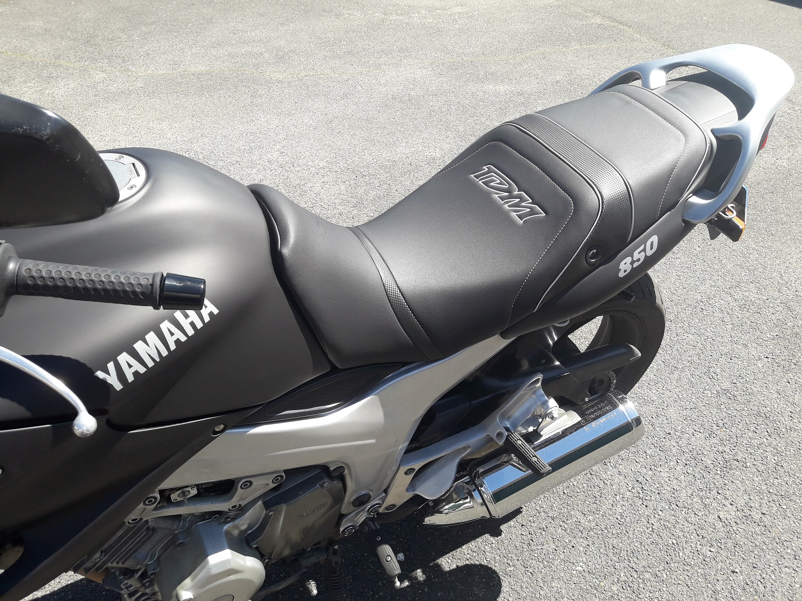 Yamaha TDM 850 1996-2002 Top Sellerie Rivestimento per Sella Made In France REF3738