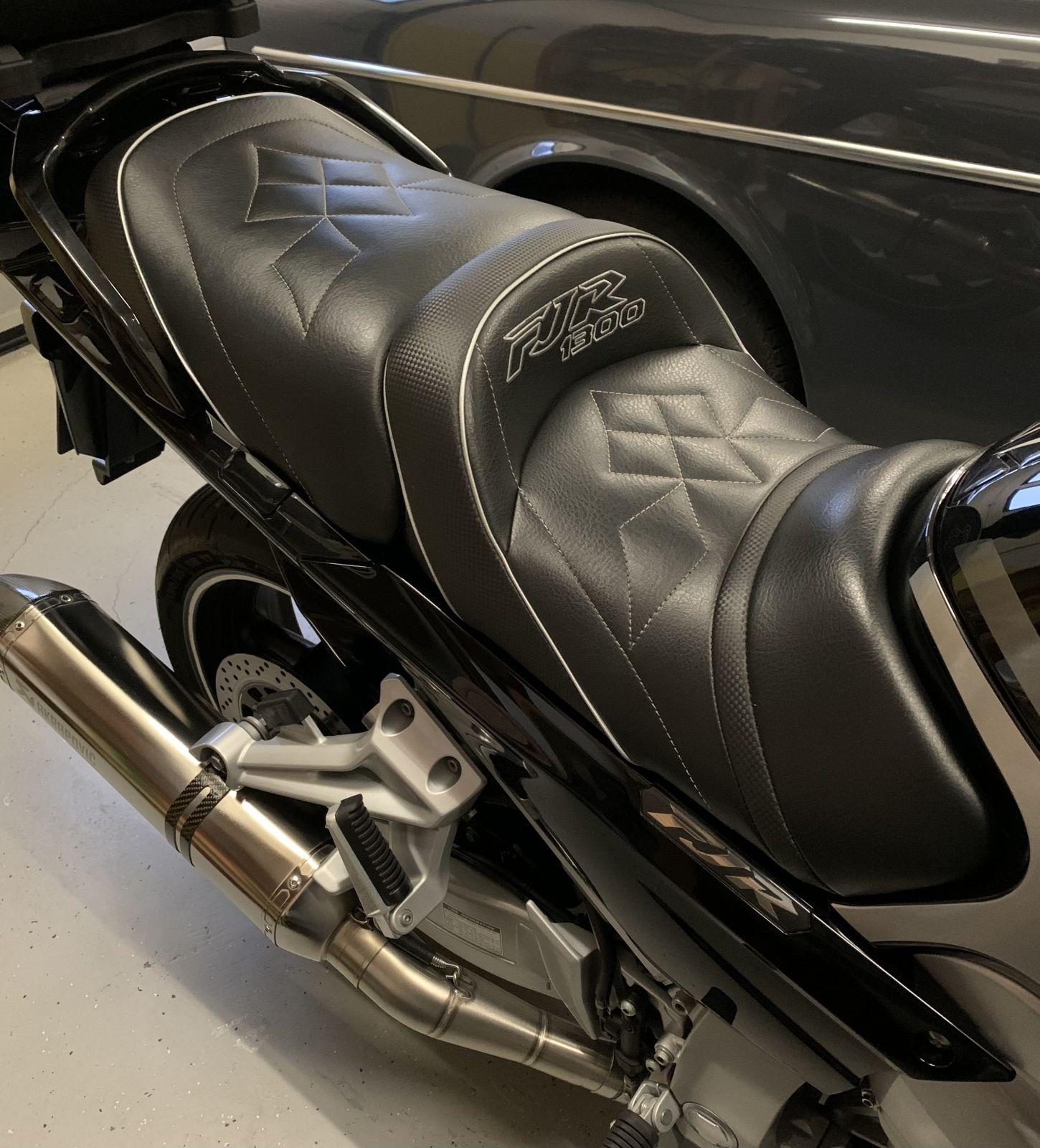 FJR 1300 Gel Pad Sitzbank Neopren M Schwarz Tourtecs Motorrad Sitzauflage f/ür Yamaha BT 1100 Bulldog